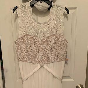 NWT R & M Richards dress